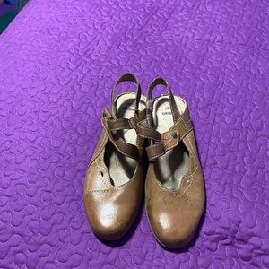 Earth brown shoes size 9